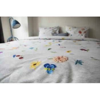 Двуспальный комплект постельного белья SNURK Knitted Flowers 200/220 см.